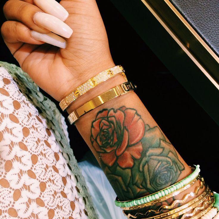 1000 ideas about rose wrist tattoos on pinterest wrist tattoo tattoos and white girl tattoo. Black Bedroom Furniture Sets. Home Design Ideas