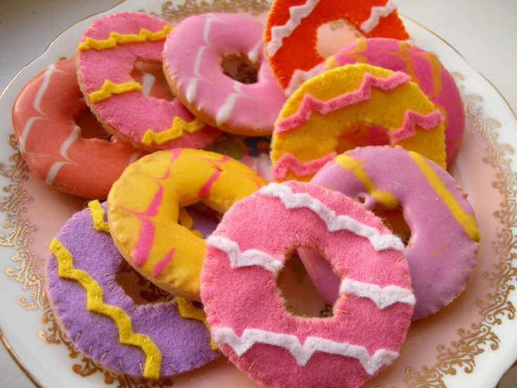 Party ring biscuits felt craft
