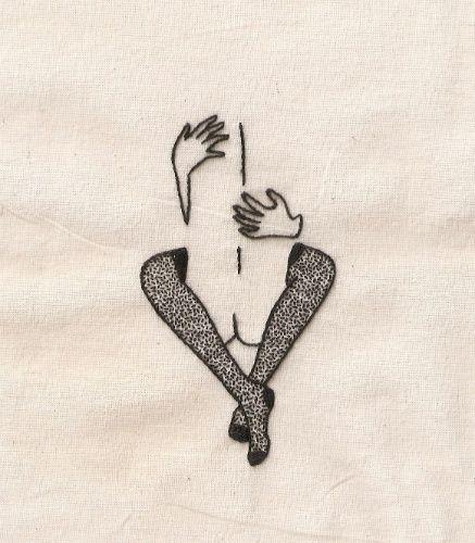 Nem só de flores vivem as bordadeiras. As meninas do Clube do Bordado - coletivo de arte que cria ilustrações, bordados e ministra cursos sobre técnicas manuais - se dedicam a temas muitas vezes encarados como tabu, como a sexualidade feminina. Os trabalhos que fogem às românticas flores e aos delicados motivos tradicionais podem garantir uma decoração cheia de personalidade