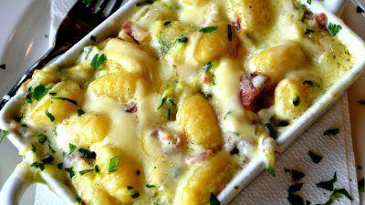 Retete de garnituri din legume, potrivite pentru friptura, dar si consumate ca atare. Gustari reci sau calde, care pot fi si garnituri, dar si aperitive.