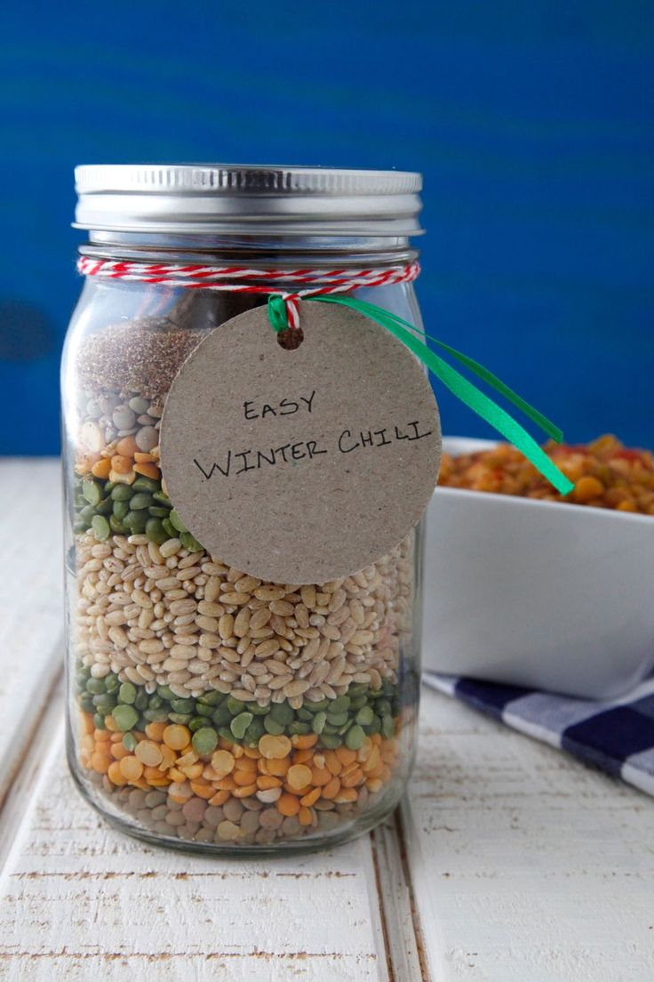 Affordable DIY Gift in a Jar: Easy Winter Chili | Weelicious.com