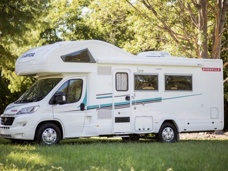 The windows along the passenger side of the C7424SL Birdsville let in a lot of natural light during the day and the roof mounted air conditioner allows you to moderate the temperature inside your motorhome.