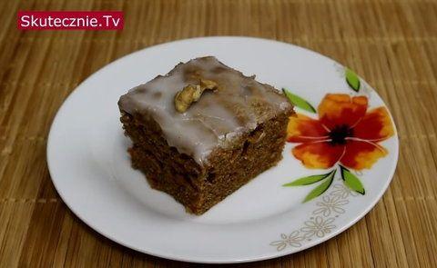 Pulchne, idealnie wilgotne, z dobrze wyczuwalną cynamonową nutą. Cynamon można podmienić na kakao i ciasto będzie miało inny smak. Robi się je błyskawicznie, jest banalnie proste do przygotowania i...