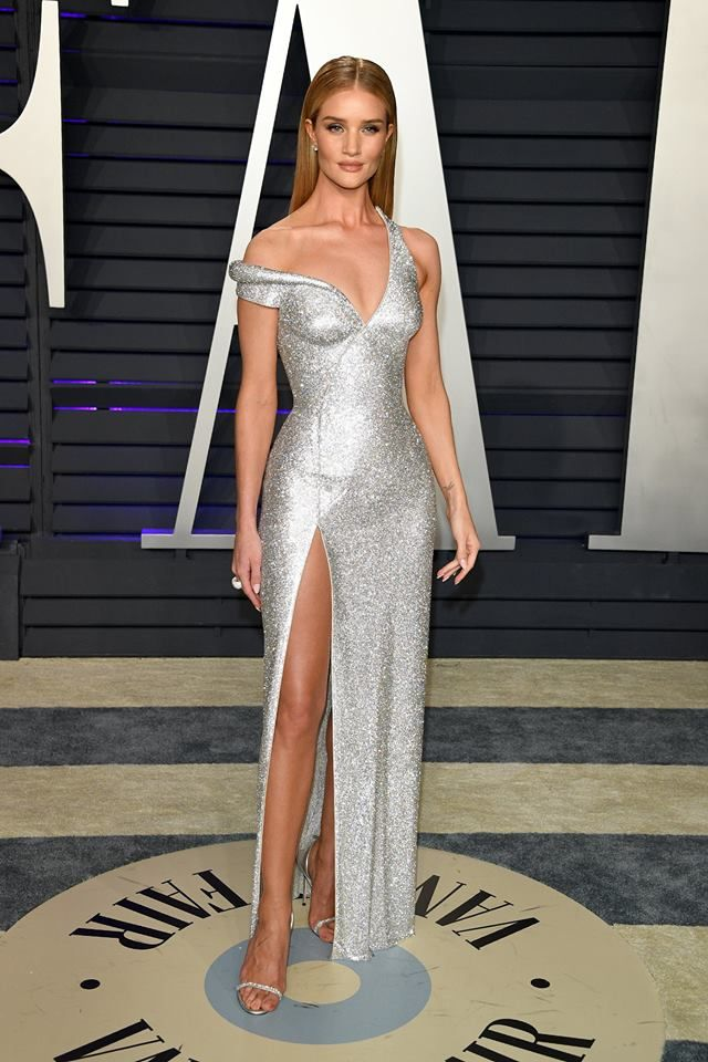 Rosie Huntington Whiteley 2019 Vanity Fair Oscar Party Celebrity Dresses Nice Dresses Dresses
