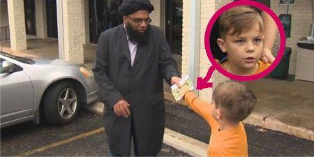 LUAR BIASA..! Anak Ini Justru Sumbangkan Uang Tabungannya Untuk Masjid Disaat Teror Paris Menyudutkan Islam..