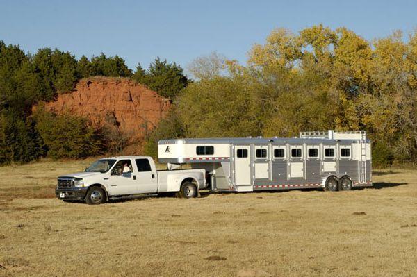 Elite Gooseneck Horse Trailers, 3 Horse, 4 Horse Aluminum Trailers
