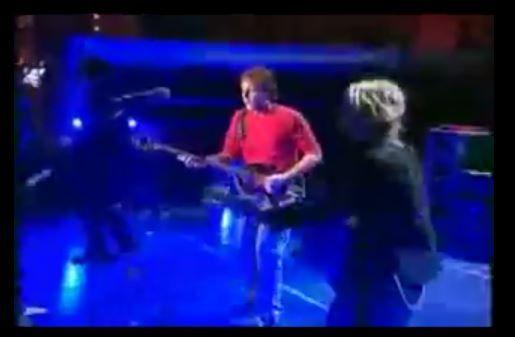 "The BEATLES ""Birthday"" song http://redir.ec/8QiH8"