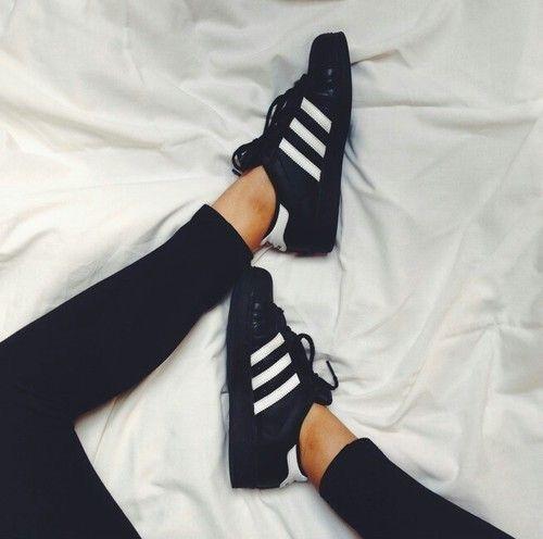Classique Adidas Superstar Femme Noir, Motif Blanche En ligne