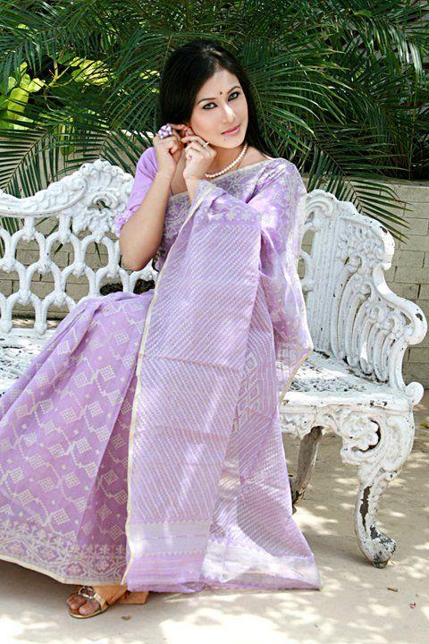 Lavender Tangail Jamdani Saree from tskbd.com