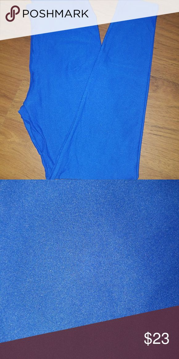 LLR OS leggings *NEW* solid royal blue LLR OS leggings solid royal blue! Brand new, never washed or worn! LuLaRoe Pants Leggings