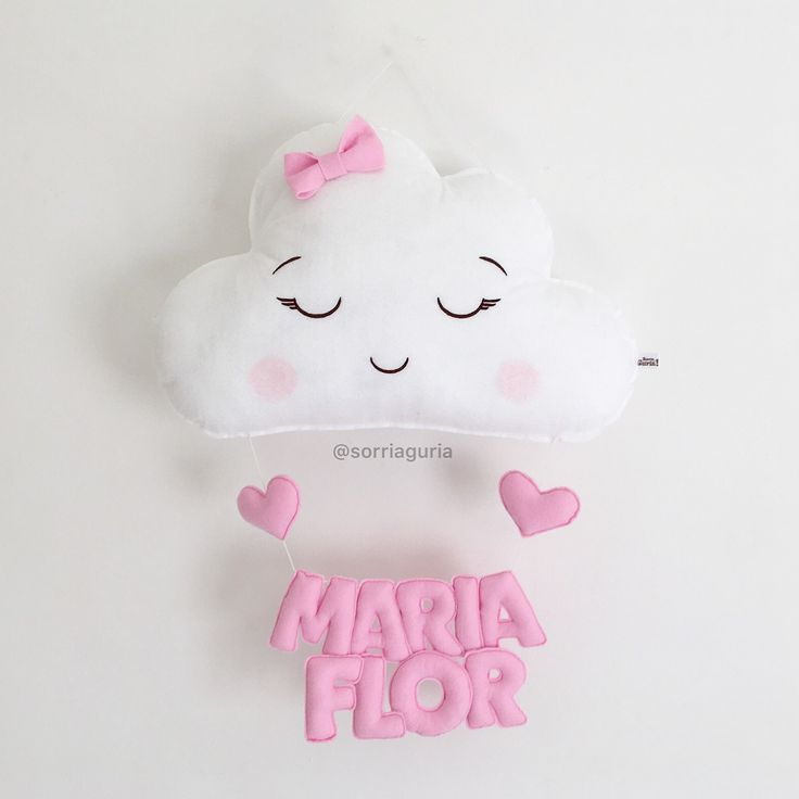 Enfeite de porta maternidade, Maria Flor. Nuvem com Olhinhos