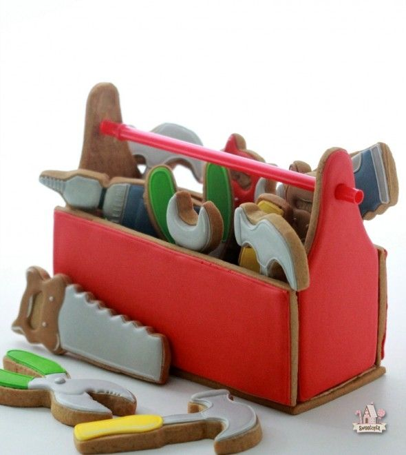 Check out these super cute tool box cookies. Perfect for Father's day!