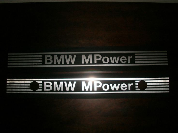 Cylinders head ornament engraved BMW MPOWER style S50 S52 M3 US and S14 style for M42 M44 , which apply over the original engine cover.  Material plastic/aluminium . No decal ! Needs (black) silicone fixing .  Silicone not included.  Model for 6 cylinders - Style S50 S52 for M50, M52, M54
