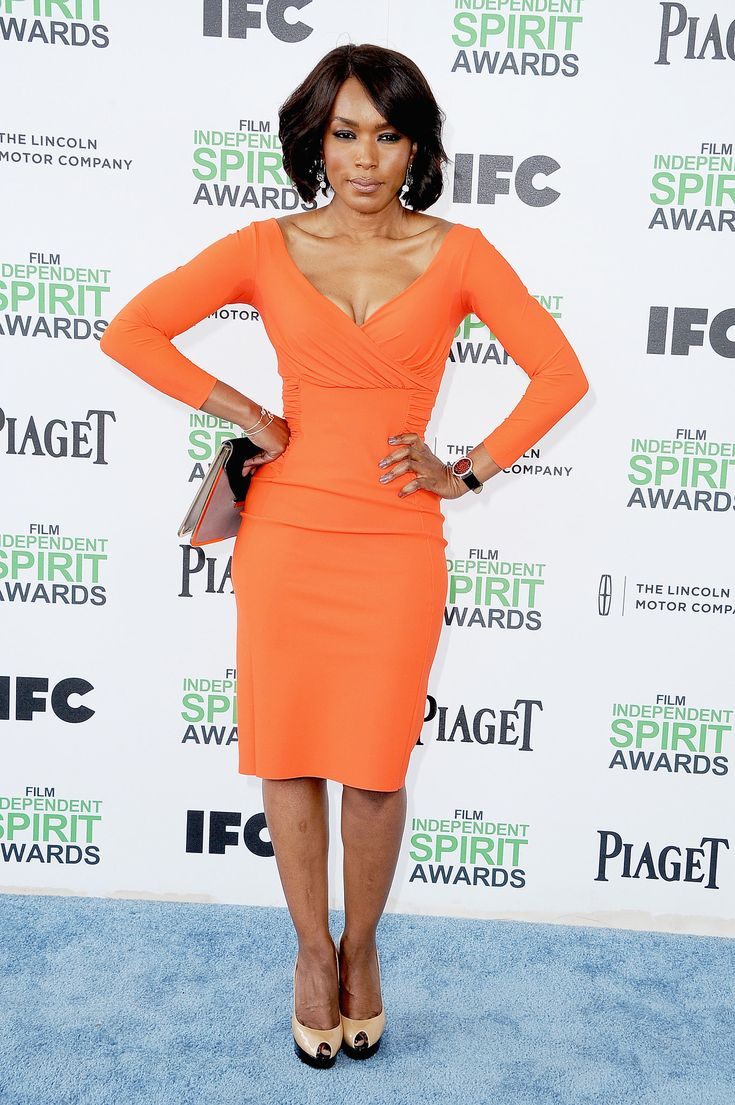 Mrs. Angela Bassett!! I love this woman here!! And she looks AMAZING at 50!!