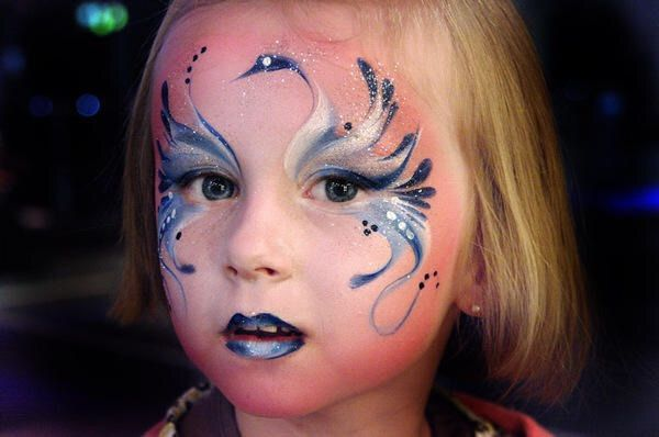 Maquillage d licat oiseau maquillage kermesse enfants pinterest photos - Maquillage simple enfant ...