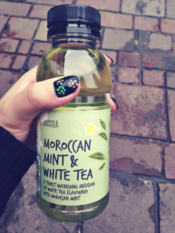 Maroccan mint tea infusion..