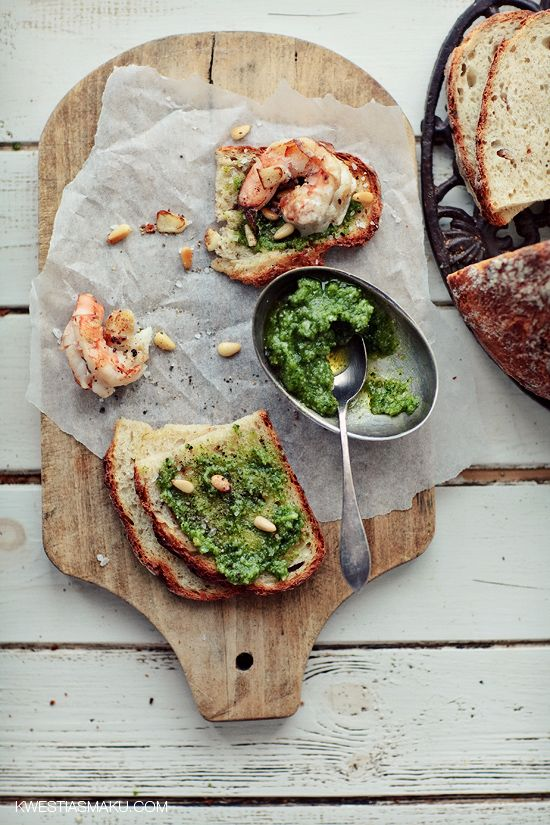 Classic Pesto Toast with pesto, shrimp and pine nuts