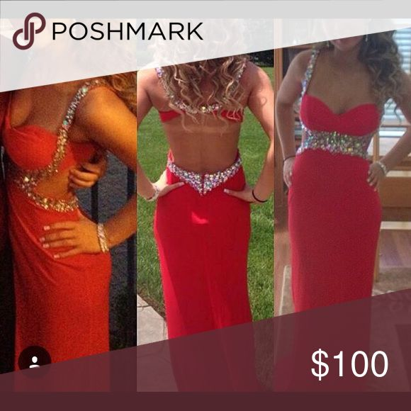 red & silver prom dress i am 5'4 & was about 125 lbs when i wore this. has cups & was altered Dresses Prom