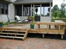 deck-i want to add the bench seating along the side of our deck!