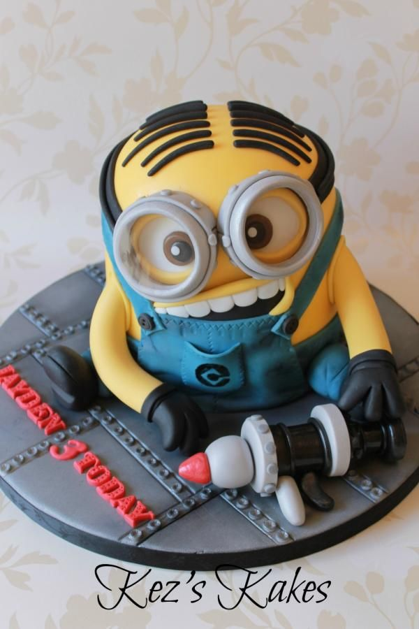 34 best images on Pinterest Cake minion Minion cakes