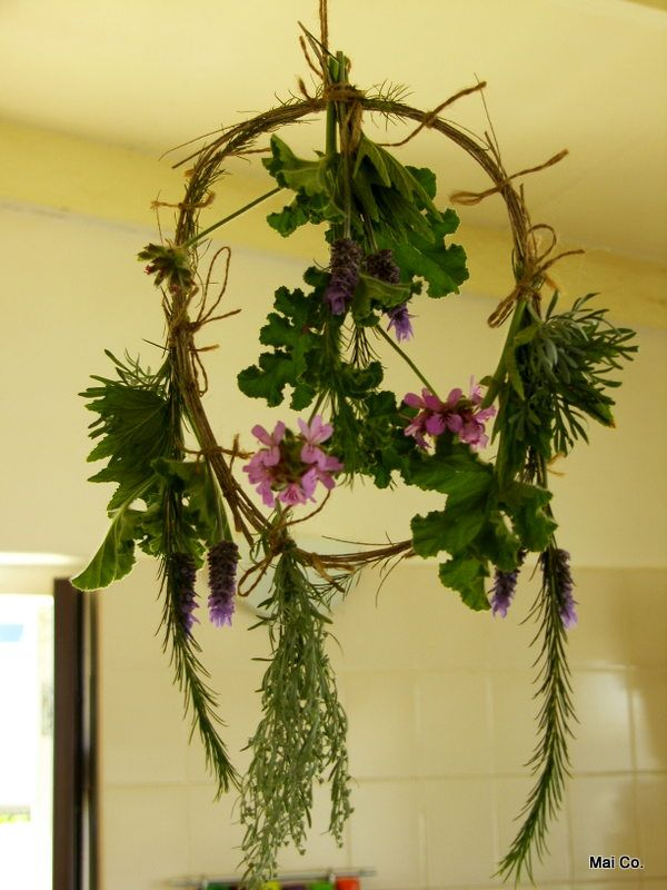Herbal Wreaths that are so pretty to hang in your home, keeping it fragrant and free of flies and mozzies! The herbal smell is so uplifting!!