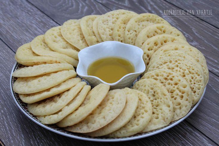 Vandaag deel ik nogmaals het recept van 'Baghrir' met jullie. Baghrir is een Marokkaanse pannenkoek die talloze gaatjes bevat op de bovenkant en erg fluffy van smaak is. Het belangrijks…