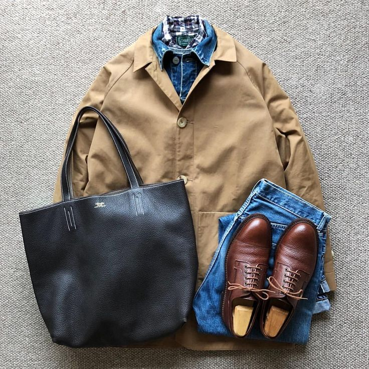 "1,359 Likes, 5 Comments - @the.daily.obsessions on Instagram: ""Today's Outfit. ↓ #SEHKelly Cotton Ventil Mac Coat 50's Vintage #Levis #507XX Denim Jacket Type-Ⅱ…"""