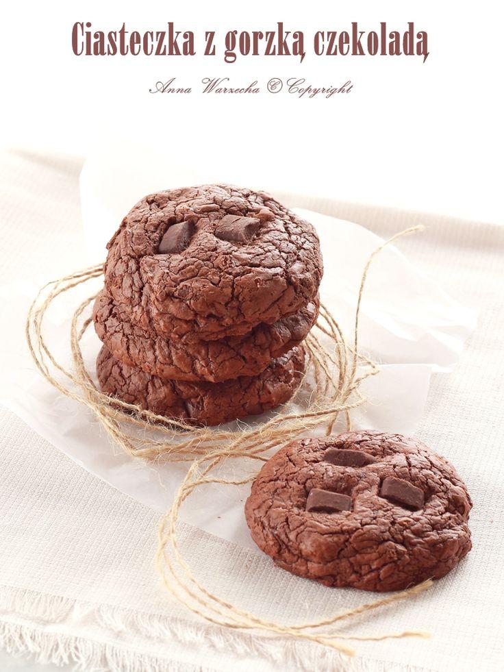 Ciasteczka z gorzką czekoladą Sigrid Verber na Światowy Dzień Czekolady @cafeamaretto
