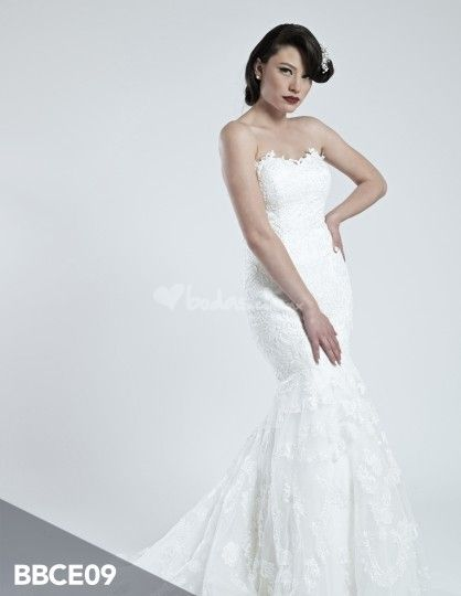 Vestido de novia corte sirena de Wedding Room   Foto 8