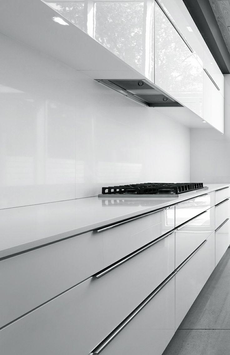 Frente de cocina  #cocinas #kitchens  #white #minimalista