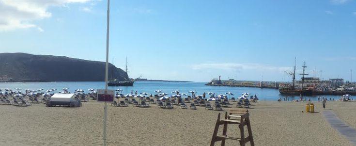 Las 5 mejores playas de Tenerife, el oasis español de arena negra - http://vivirenelmundo.com/las-5-mejores-playas-de-tenerife-el-oasis-espanol-de-arena-negra/2982 #Playa, #Tenerife