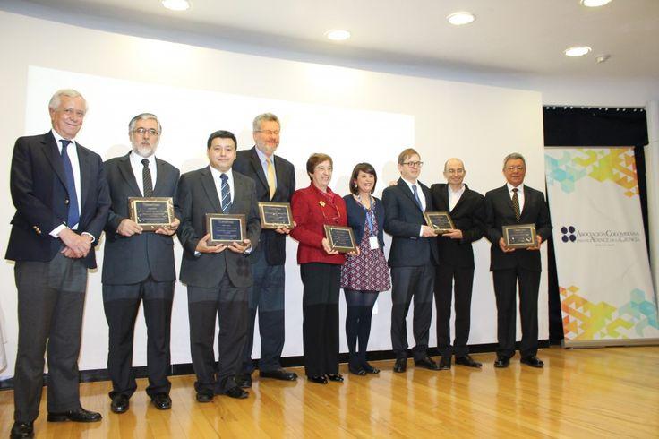 Investigador de la Universidad de Cartagena gana Premio Nacional al Mérito Científico #Unicartagena