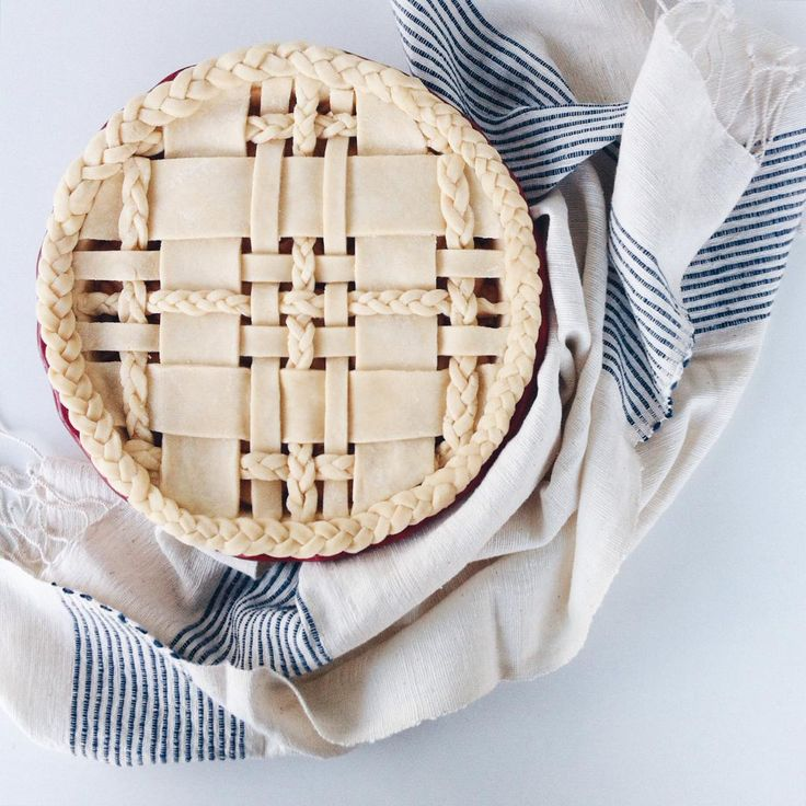 """""""Earlier today...what should I name this pie? // Absolutely love this hand towel from @vermontfarmtable ❤️"""""""