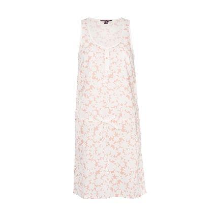 Nuisette courte NARCISSE. Votre peau bronzée sur du rose craie : laissez-vous hâler ! http://www.princessetamtam.com/fr/r2-pyjama/narcisse-a6929-nuisette-courte-rose-cachemire