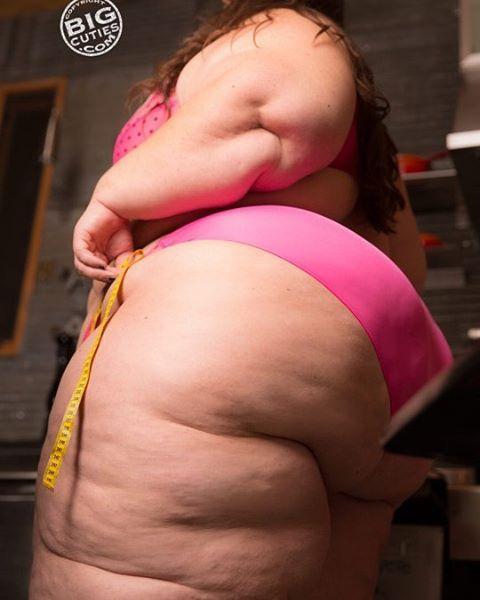 BBW/SSBBW Pear-Shaped Women @bbwpearss - Instagram photos and videos
