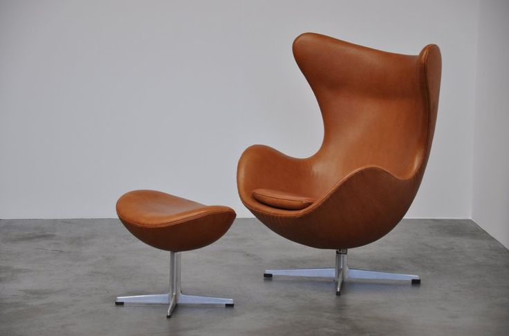 :: Arne Jacobsen, Egg chair for Fritz Hansen, 1958 ::
