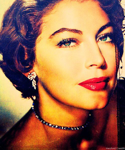Ava Gardner. Green. Eyes. Magnificent.