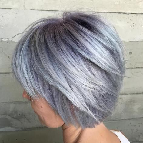 Silver Layered Bob | For more style inspiration visit 40plusstyle.com