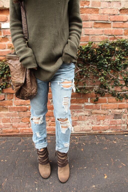 Pair a oversized sweater with distressed denim for a casual look with a hint of edge!