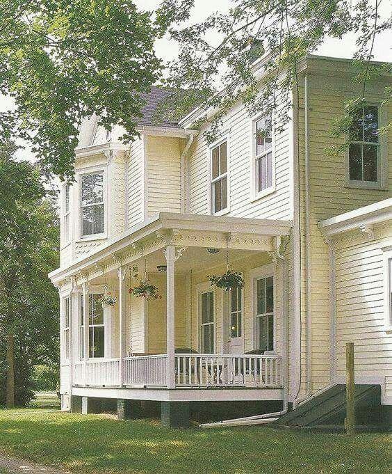 Best 25 Victorian farmhouse ideas on Pinterest Victorian houses