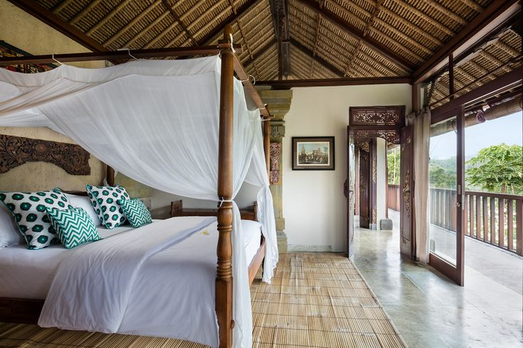 View room with extra-length king-size bed, en-suite bathroom and gorgeous views.