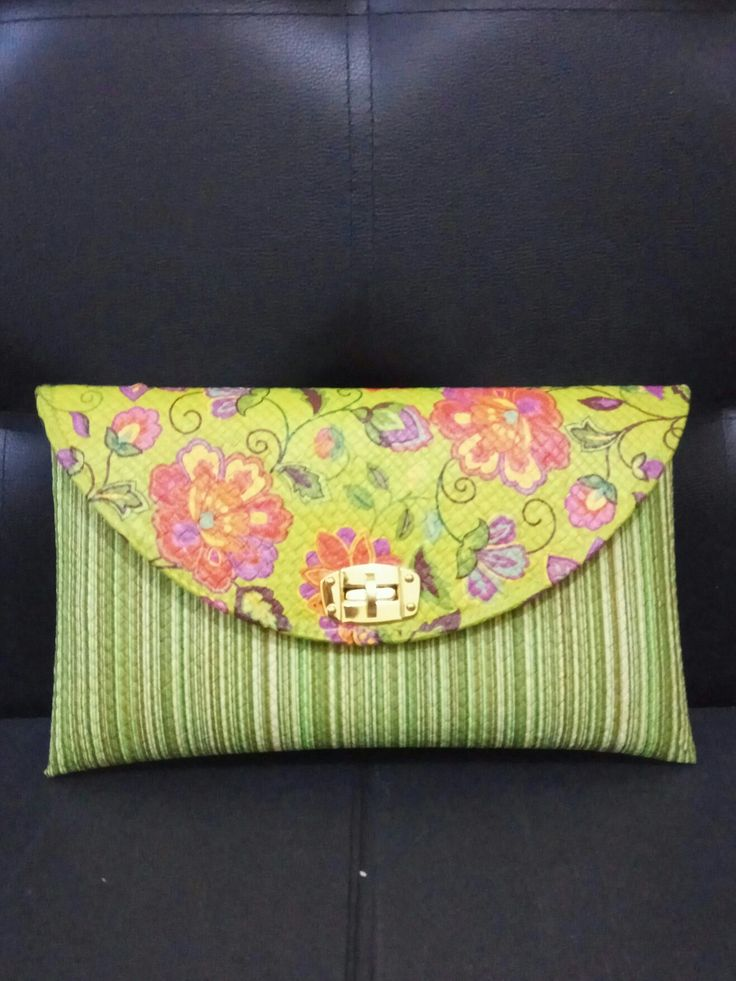 Découpage on Pandanus Clutch