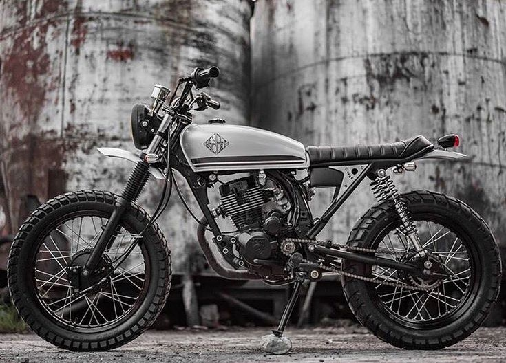 Grayscale Perfection: Racal 150 by @revoltcycles. : @the.jeb :: #tracker #scrambler #dualsport #racal #custombike