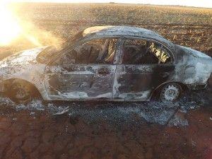 JORNAL CORREIO MS: Encontrado carro incendiado com um cadáver