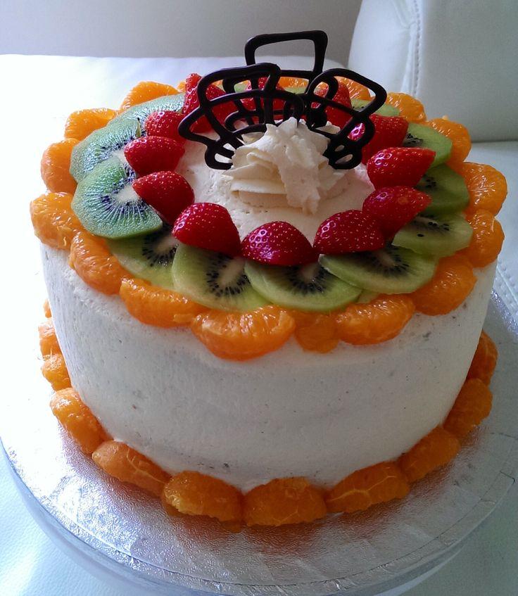 Cake Decoration Fresh Cream : Fresh cream cake Men s birthday cakes Pinterest ...