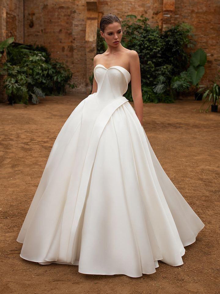 Zac Posen For White One In 2020 Wedding Dresses Zac Posen Wedding Dress Wedding Gown Inspiration