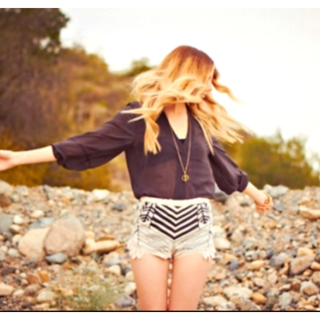 : Fashion, Summer Outfit, Shorts Shorts, Clothing, Chevron Shorts, Styles, Sheer Blouses, Closet, Oracle Foxes