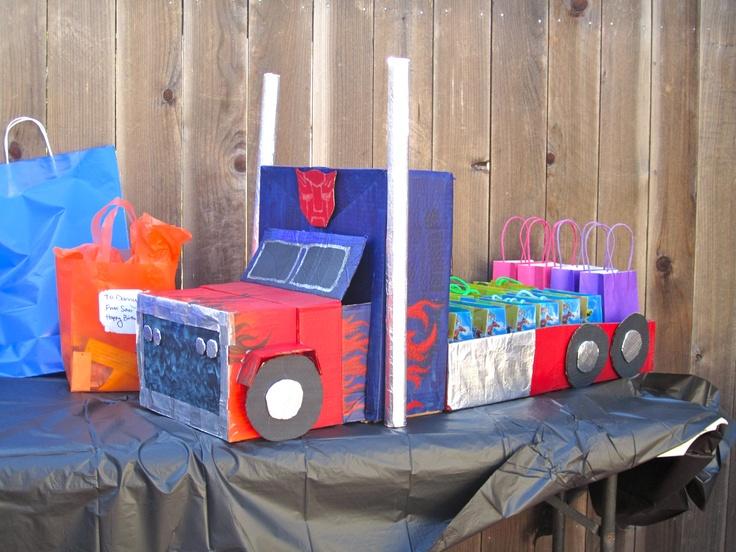 Optimus Prime party favors holder