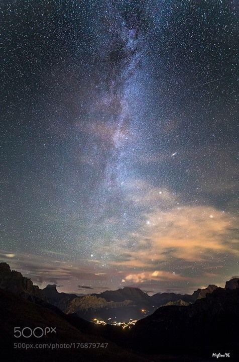 Milky way over Cortina  La Via lattea boreale con la galassia di Andromeda e le Plejadi domina il cielo di Cortina d'Ampezzo  Camera: Canon EOS 6D  Follow on Instagram: http://ift.tt/2drRvK7 Website: http://ift.tt/1qPHad3 and read how to see the Milky Way. Image credit: http://ift.tt/2dHQuTb  #MilkyWay #Galaxy #Stars #Nightscape #Astrophotography #Astronomy
