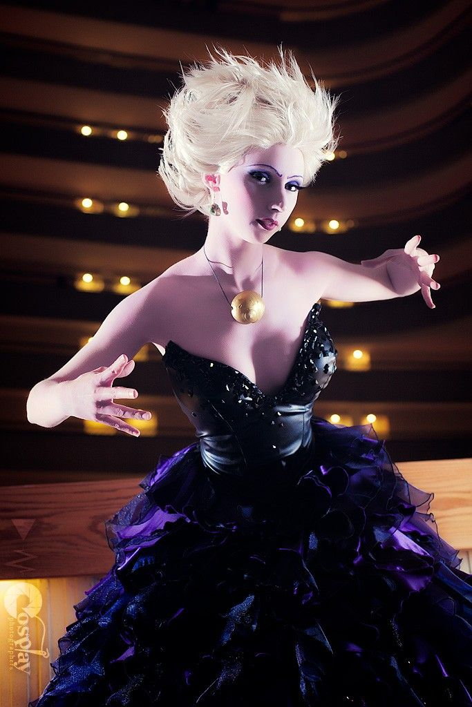 Ursula, cosplayed by breathlessaire